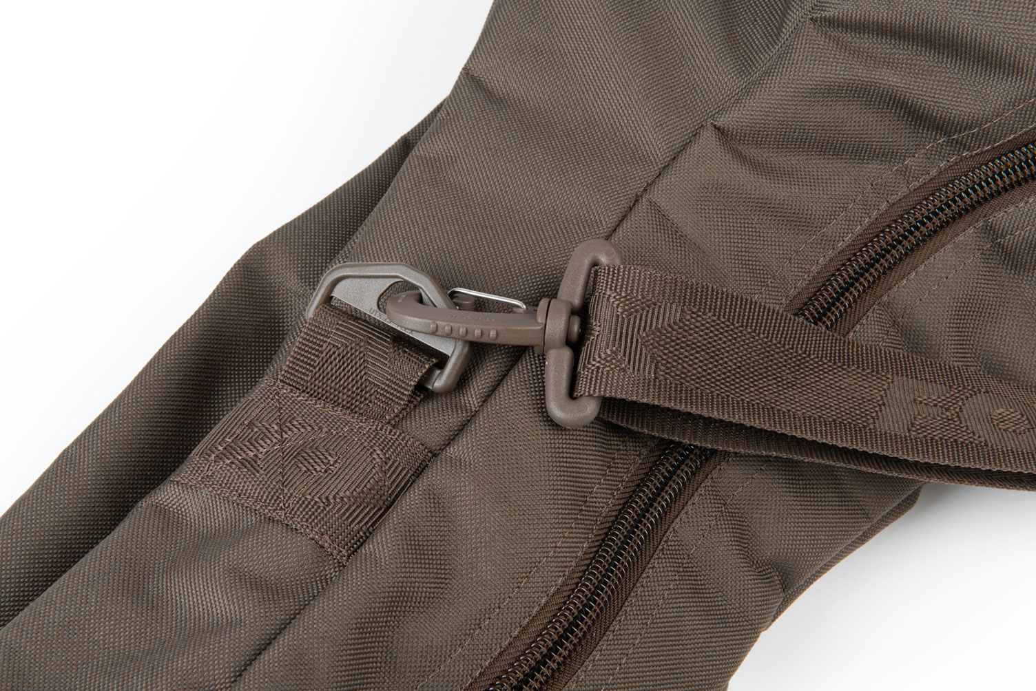 explorer_3_rod_bag_landing_strap_fixing_detailjpg