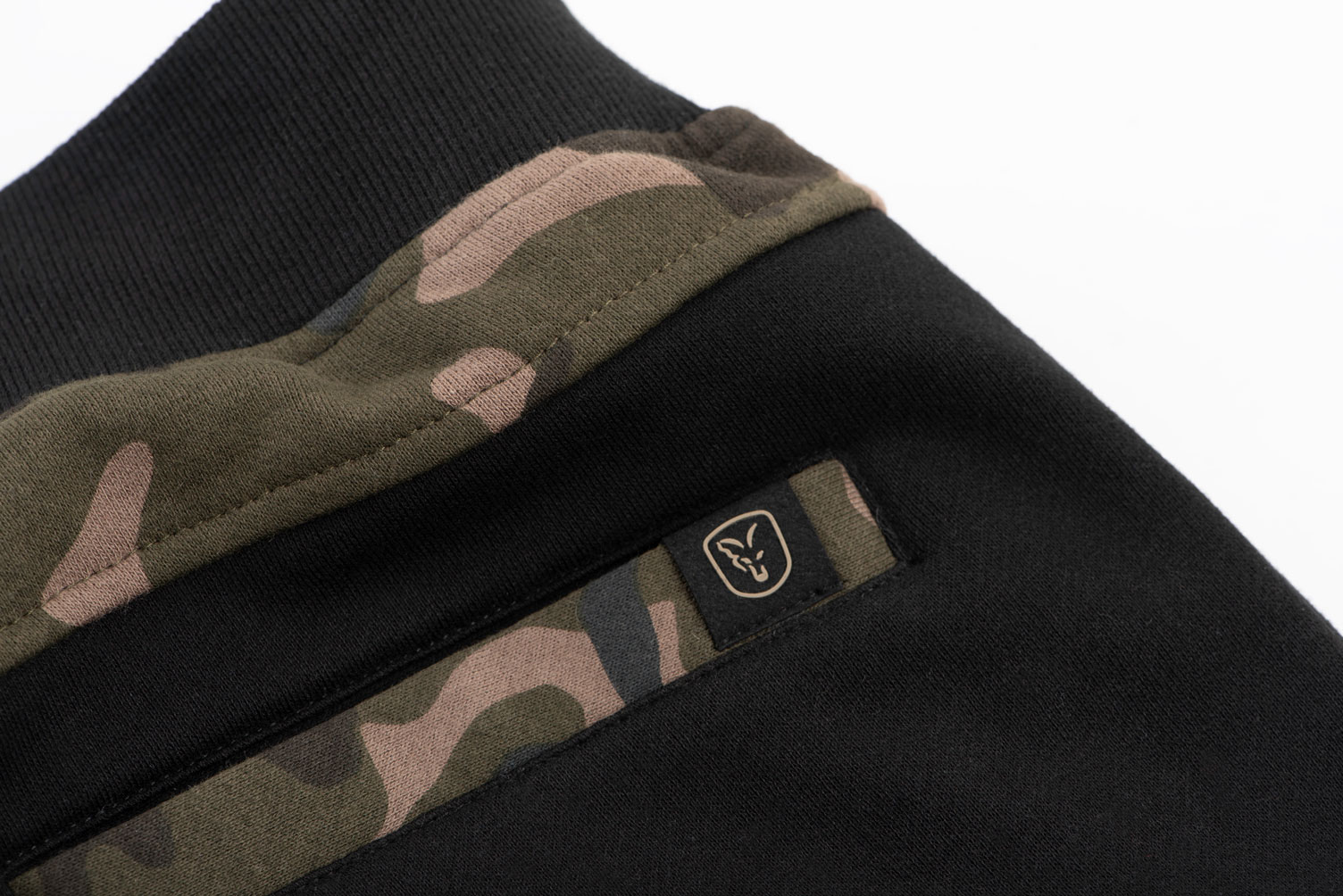black_camo_joggers_back_pocket_detailjpg