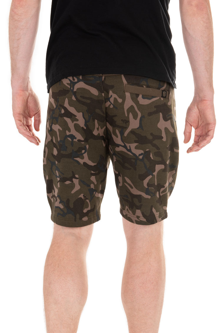 camo_jogger_shorts_backjpg