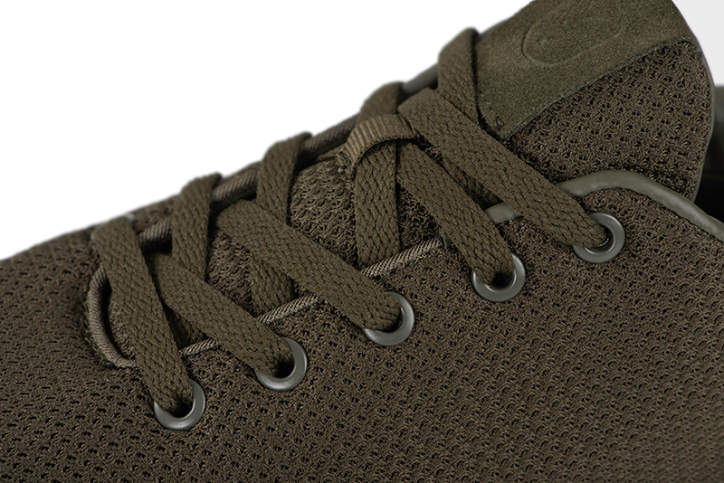 cfw144_149_fox_olive_trainers_laces_detailjpg