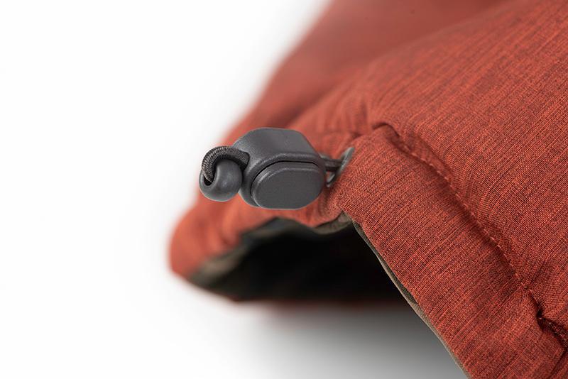 cfx169_175_fox_orange_camo_reversible_jacket_toggle_detailjpg