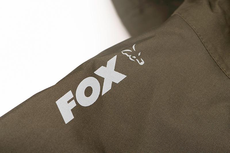 ccl169_175_fox_collection_hd_lined_jacket_shoulder_logo_detail_1jpg