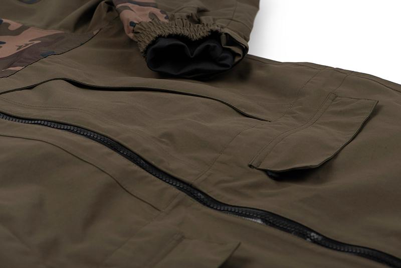cfx146_152_fox_aquos_tri_layer_3quarter_jacket_pockets_detail_1jpg