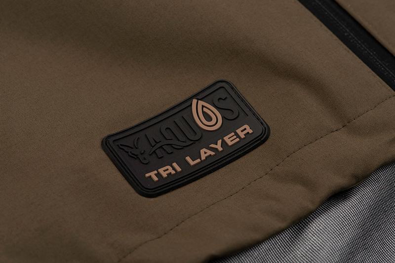 cfx153_159_fox_aquos_tri_layer_standard_jacket_tri_layer_logo_detail_1jpg