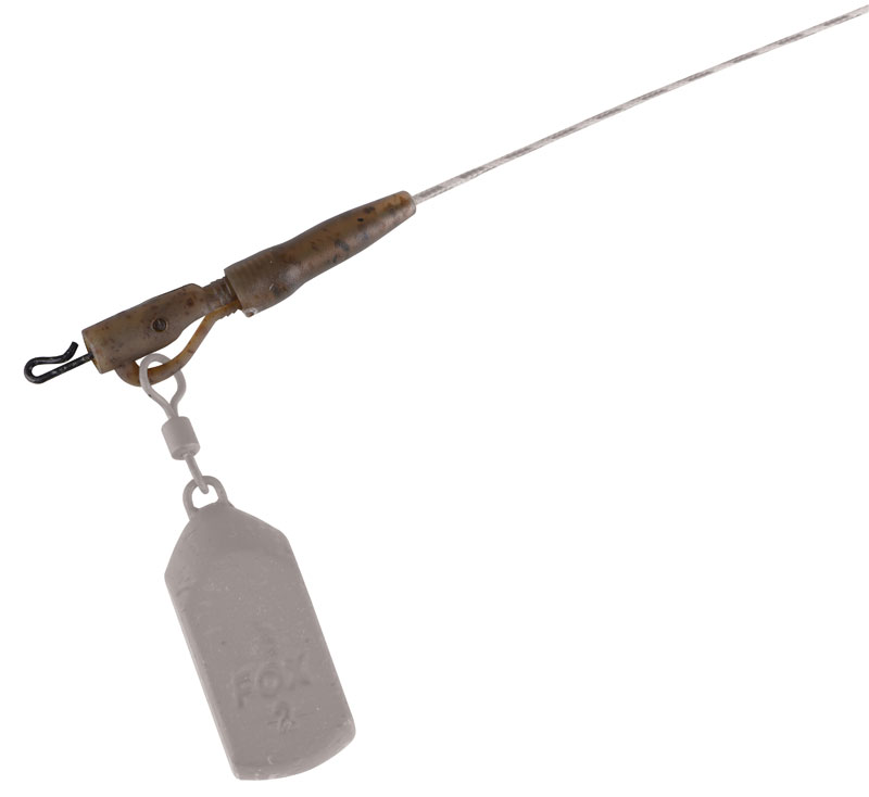 camo_power_grip_lead_clip_kit_in_use2jpg