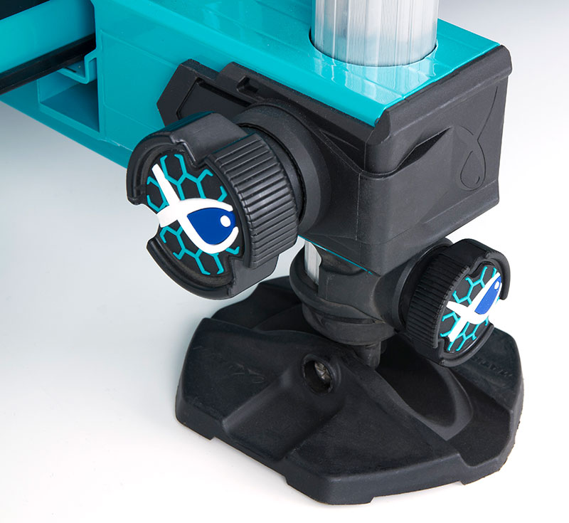 gmb141-s36-blue_hand-wheeljpg