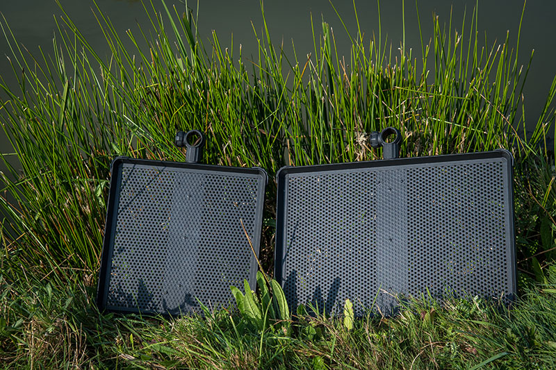 standard-side-tray-in-use-1jpg