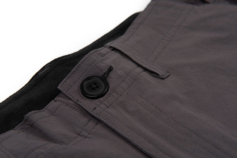 gpr228_233_matrix_lw_water_resistant_shorts_button_detail_2jpg