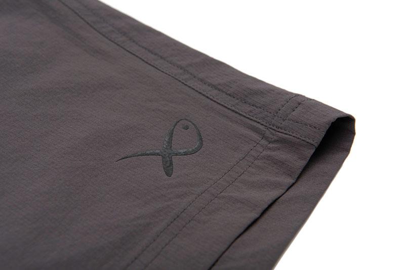 gpr228_233_matrix_lw_water_resistant_shorts_logo_detail_1jpg