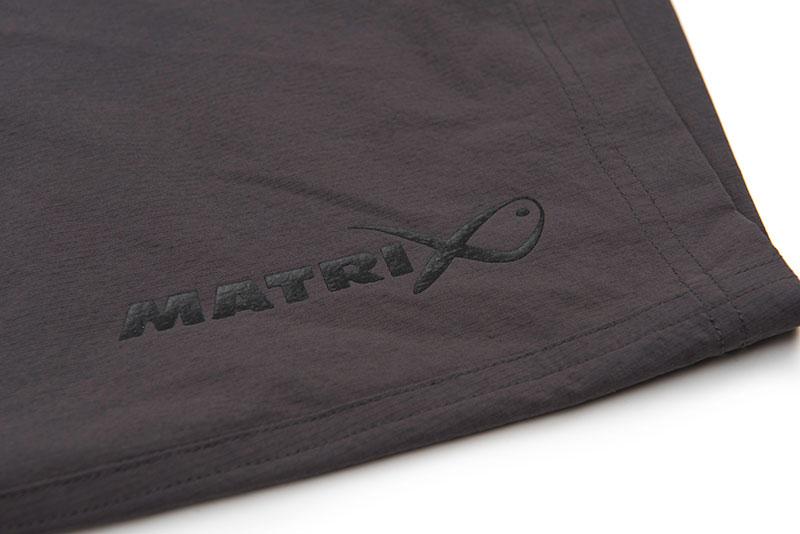 gpr228_233_matrix_lw_water_resistant_shorts_logo_detail_2jpg