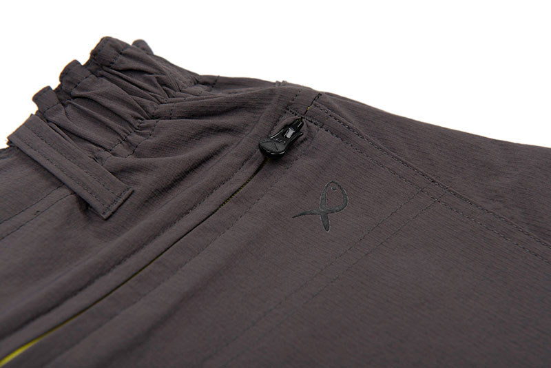 gpr228_233_matrix_lw_water_resistant_shorts_rear_pocket_detail_1jpg