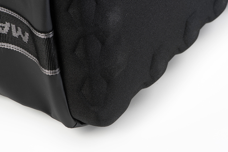horizon_xl_storage_bag_molded_base_detail_2jpg
