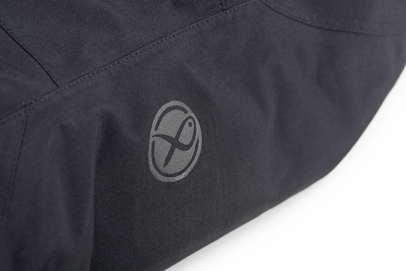 7-gpr252_matrix_tri_layer_jacket_25k_pro_round_logo_detailjpg