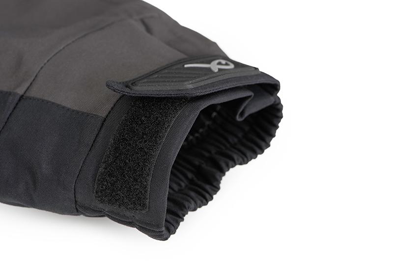 3-gpr252_matrix_tri_layer_jacket_25k_pro_sleeve_cuff_detailjpg