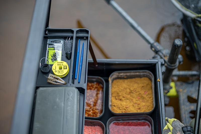 pro-feeder-tray-16jpg