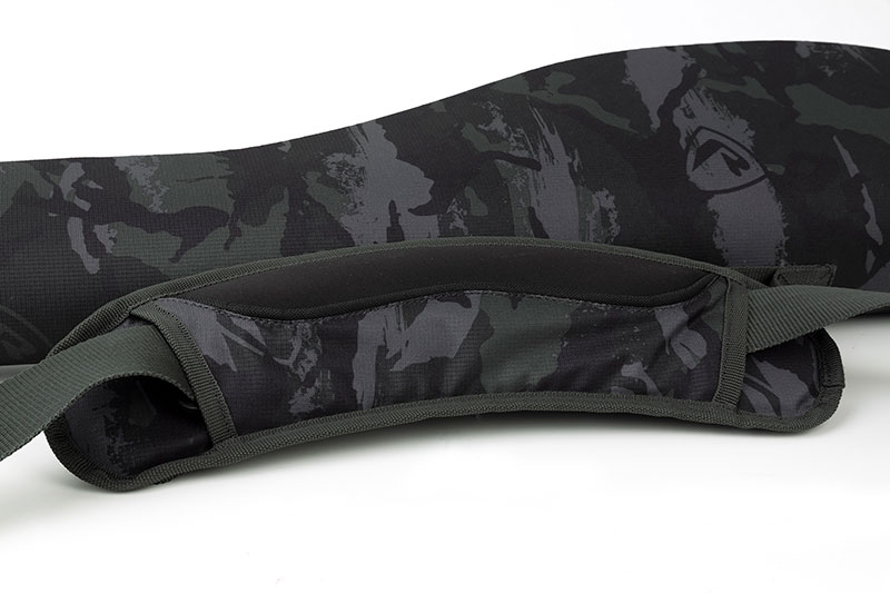 rage_voyager-camo_single-rod-bag_cu04jpg