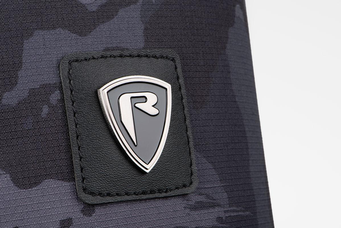 rage_voyager_rod_bag_padded_logo_detailjpg