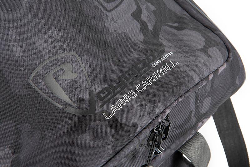 nlu090_rage_voyager_camo_carryall_large_logo_detailjpg