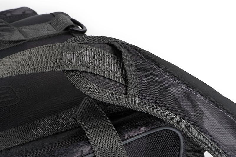 nlu091_rage_voyager_camo_stacker_large_shoulder_strap_detailjpg