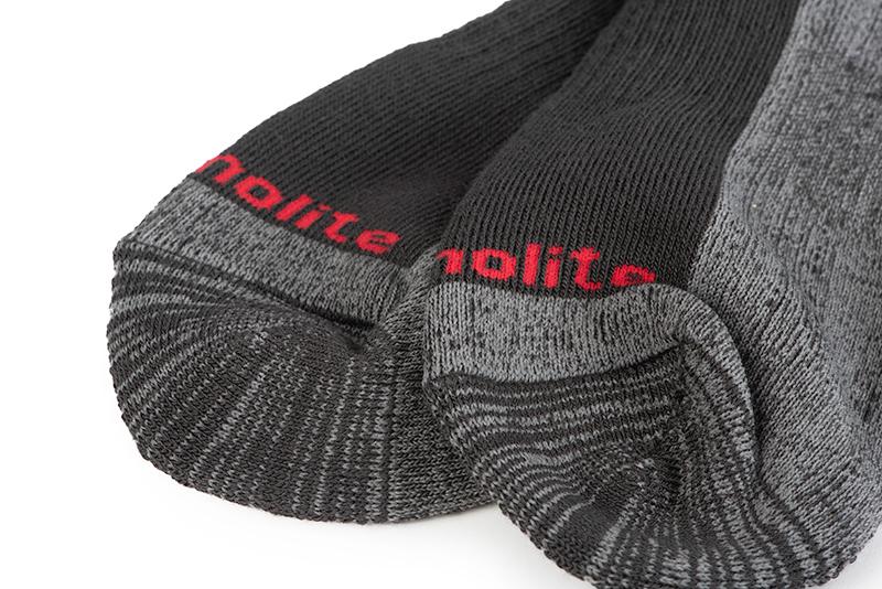 rage_thermolite_socks_toes_detailjpg