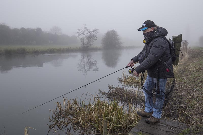 If you want to keep your crankbait close to the bottom, keep the rod tip down